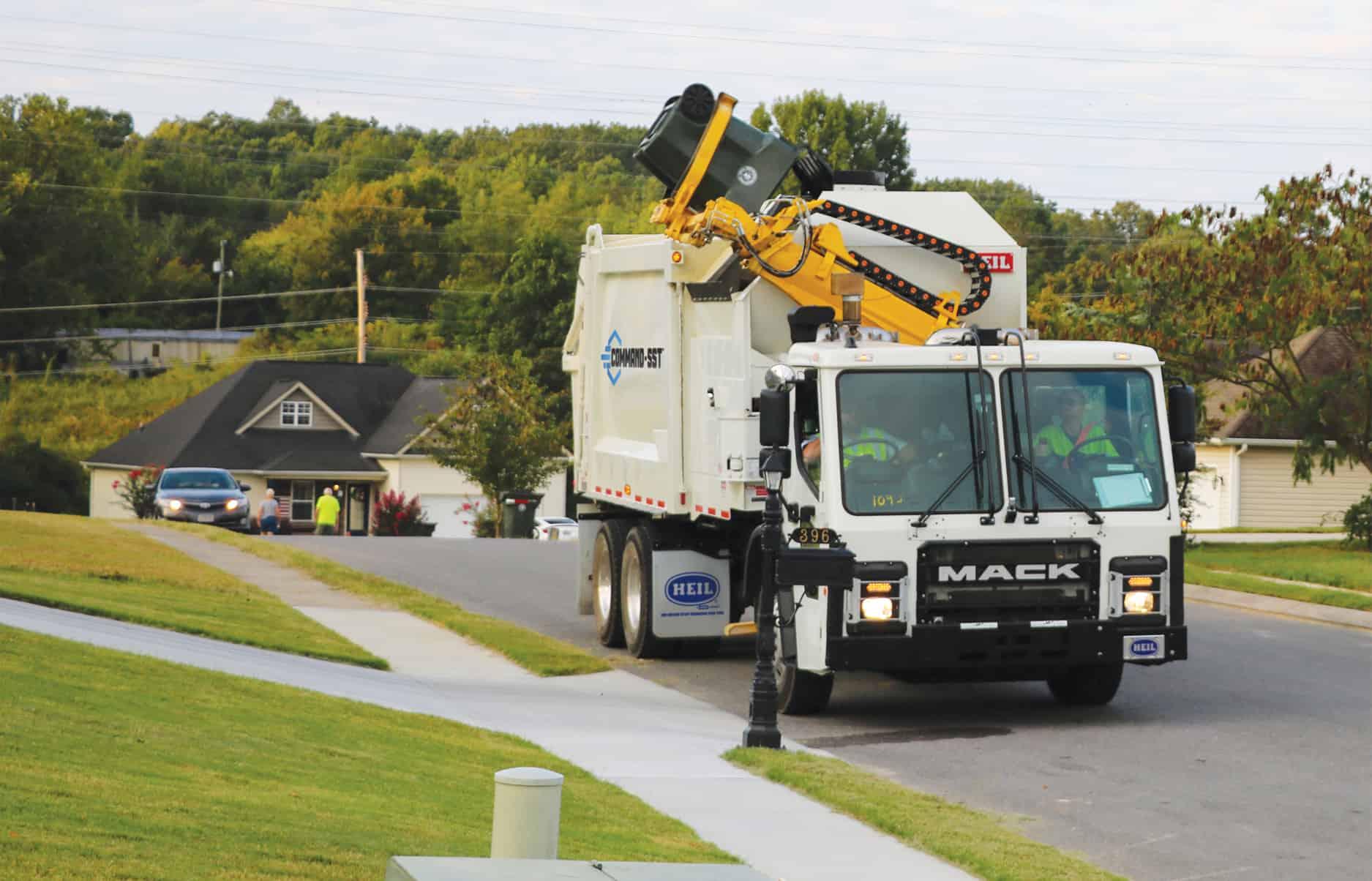 Command-SST Sideload Garbage Truck